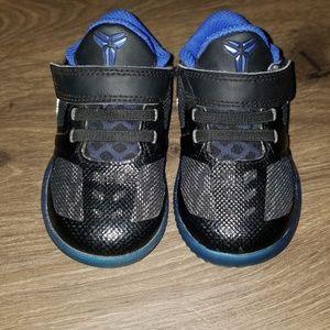 Nike KB mentality size 5c
